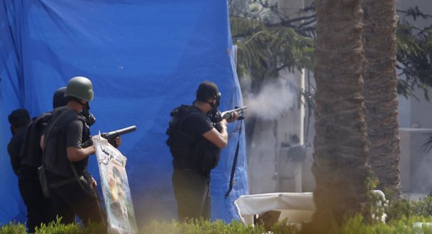 Новости в фотографиях - в Египте введено чрезвычайное положение - №3