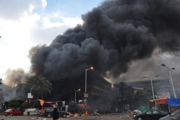 Новости в фотографиях - в Египте введено чрезвычайное положение - №7