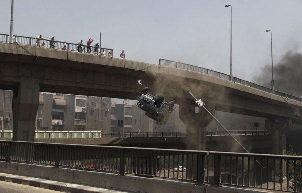 Новости в фотографиях - в Египте введено чрезвычайное положение - №10