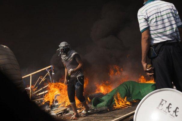 Новости в фотографиях - в Египте введено чрезвычайное положение - №14