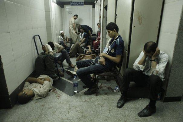 Новости в фотографиях - в Египте введено чрезвычайное положение - №18