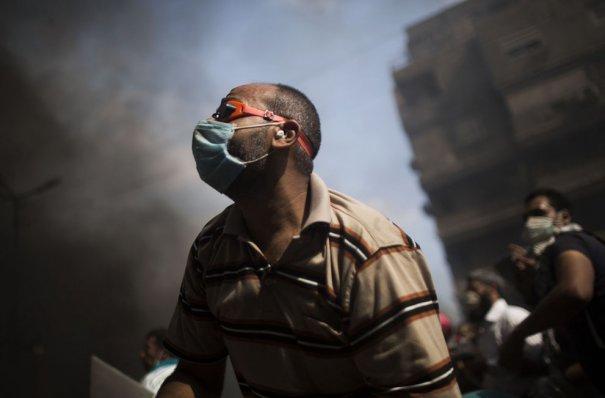 Новости в фотографиях - в Египте введено чрезвычайное положение - №19