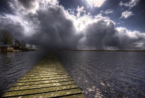 35 фото кадров сделанных в плохую погоду. - №6
