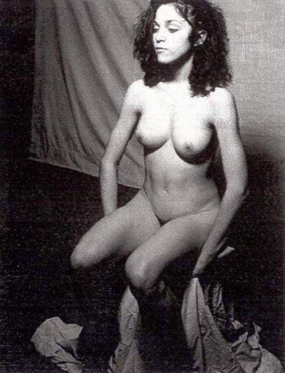 20 откровенных фото 20-летней Мадонны - №10