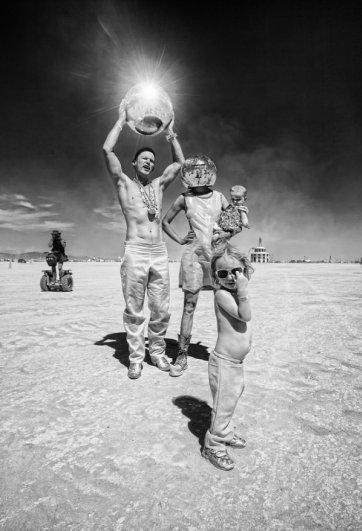 Волны креатива в красивых фото с фестиваля Burning Man - №4