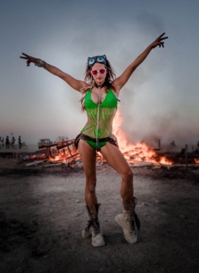 Волны креатива в красивых фото с фестиваля Burning Man - №12