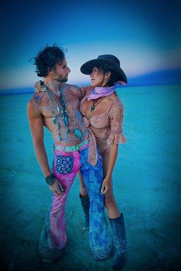 Волны креатива в красивых фото с фестиваля Burning Man - №17