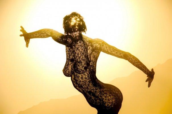 Волны креатива в красивых фото с фестиваля Burning Man - №21