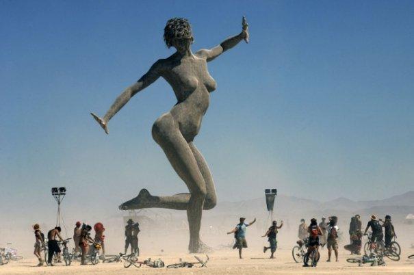 Волны креатива в красивых фото с фестиваля Burning Man - №26