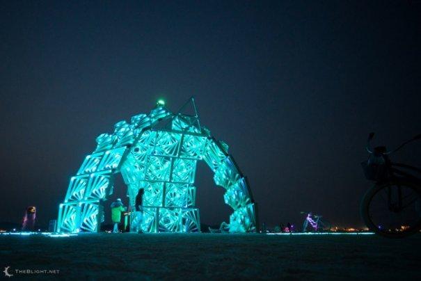 Волны креатива в красивых фото с фестиваля Burning Man - №29