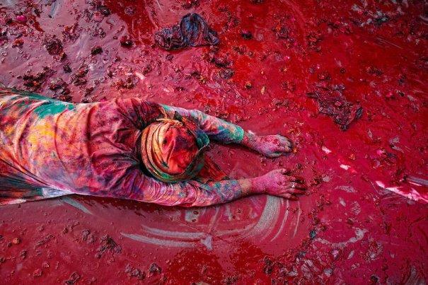 Новости в фотографиях - Фестиваль красок Холи - №2