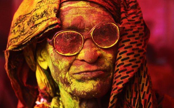Новости в фотографиях - Фестиваль красок Холи - №4