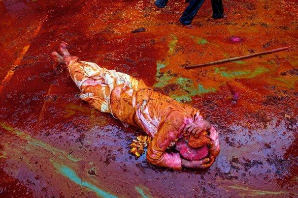 Новости в фотографиях - Фестиваль красок Холи - №14