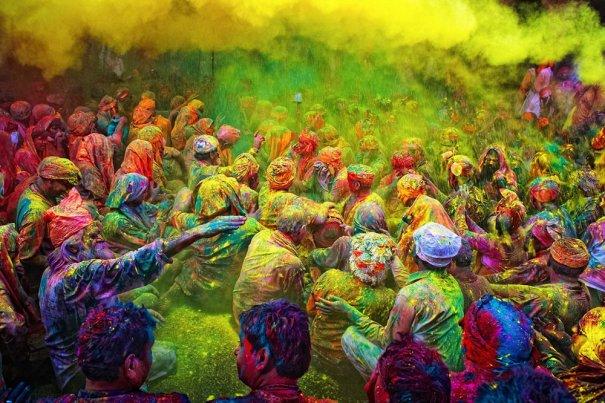 Новости в фотографиях - Фестиваль красок Холи - №17
