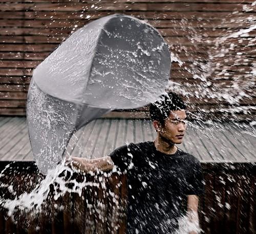Люди под дождем - красиво и актуально для осенних фото - №12