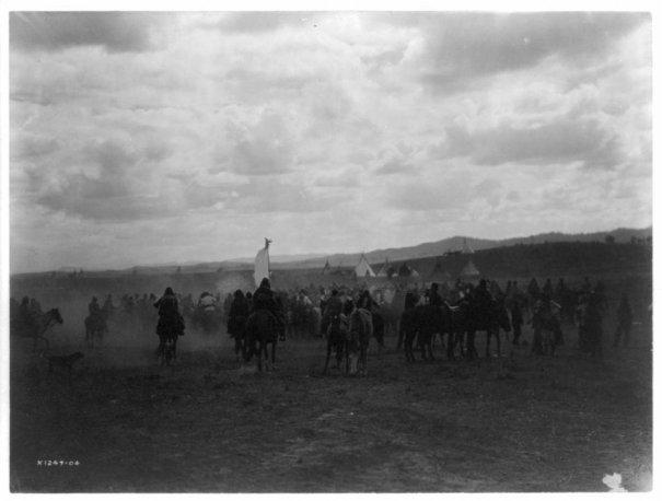 Эдвард Кертис, фотографирует индейцев. - №9