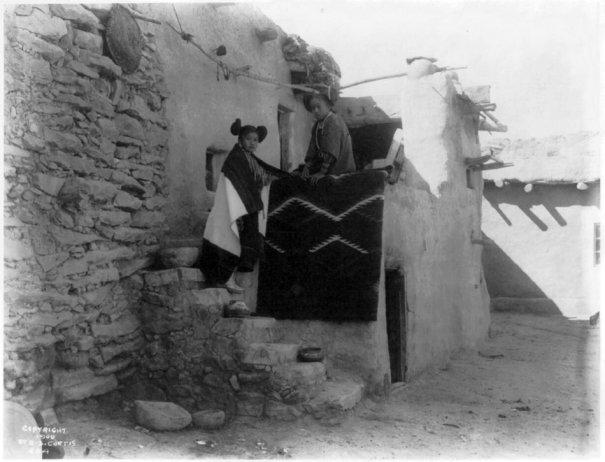 Эдвард Кертис, фотографирует индейцев. - №10
