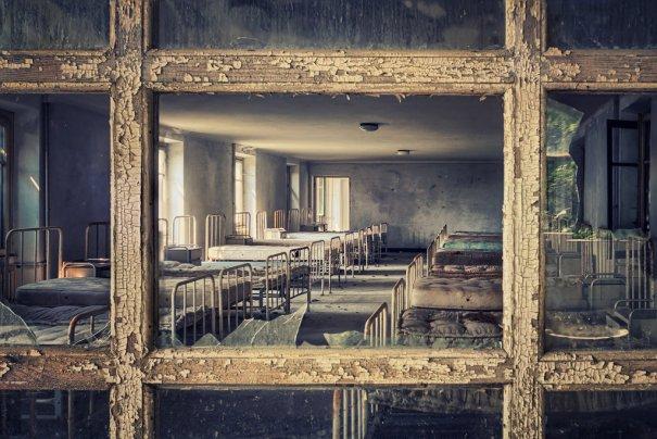 Заброшенный мир. Красивые фото от увлеченного фотографа - №15