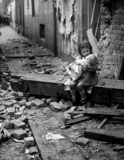 Старые черно-белые фото - символы эпохи - №10