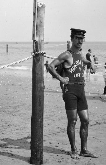 Старые черно-белые фото - символы эпохи - №15