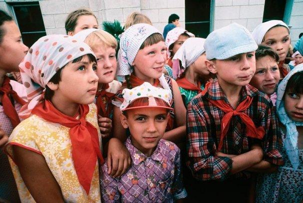 Новости в фотографиях - Цветная история СССР. 1981 год - №3