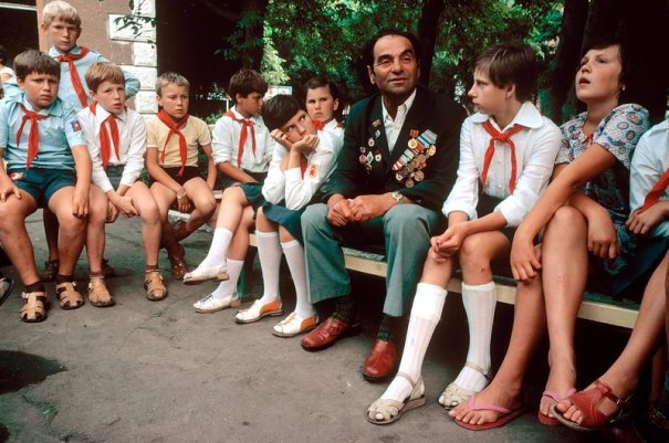 Новости в фотографиях - Цветная история СССР. 1981 год - №16