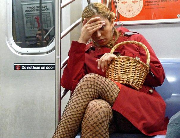 Новости в фотографиях - Кипящая жизнь в общественном транспорте - №6