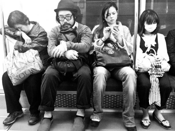 Новости в фотографиях - Кипящая жизнь в общественном транспорте - №8