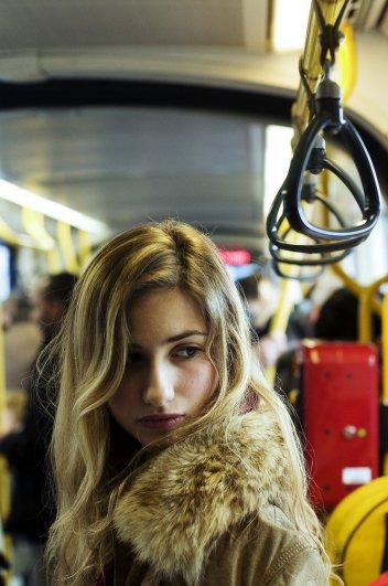 Новости в фотографиях - Кипящая жизнь в общественном транспорте - №10