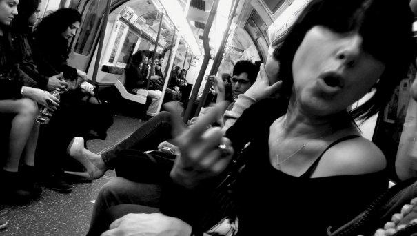 Новости в фотографиях - Кипящая жизнь в общественном транспорте - №20