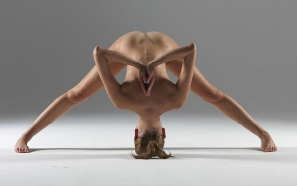 Релаксирующая йога в жанре Ню - №4