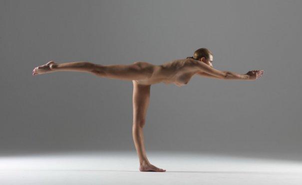 Релаксирующая йога в жанре Ню - №13
