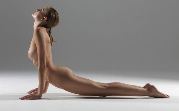 Релаксирующая йога в жанре Ню - №15