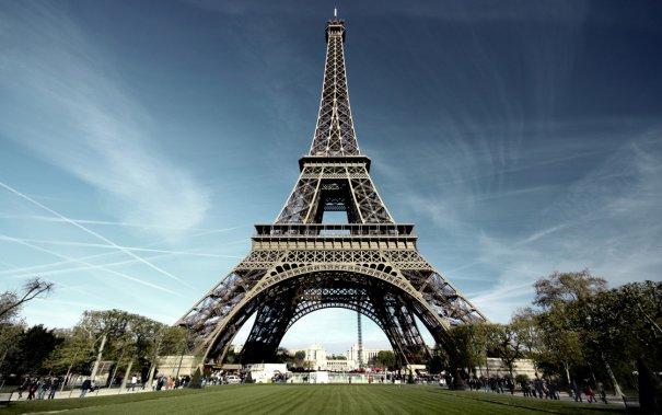 Знаменитая Эйфелева башня (Eiffel tower) - красивые фото - №4