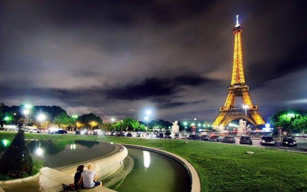 Знаменитая Эйфелева башня (Eiffel tower) - красивые фото - №13