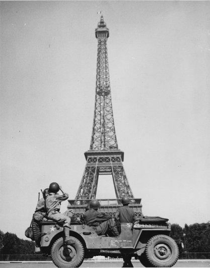 Знаменитая Эйфелева башня (Eiffel tower) - красивые фото - №22