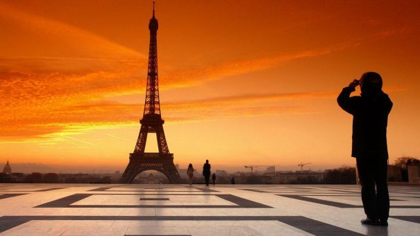 Знаменитая Эйфелева башня (Eiffel tower) - красивые фото - №32