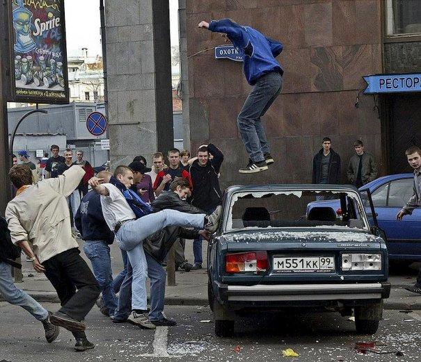 Новости в фотографиях - Самые масштабные беспорядки в Москве - №1