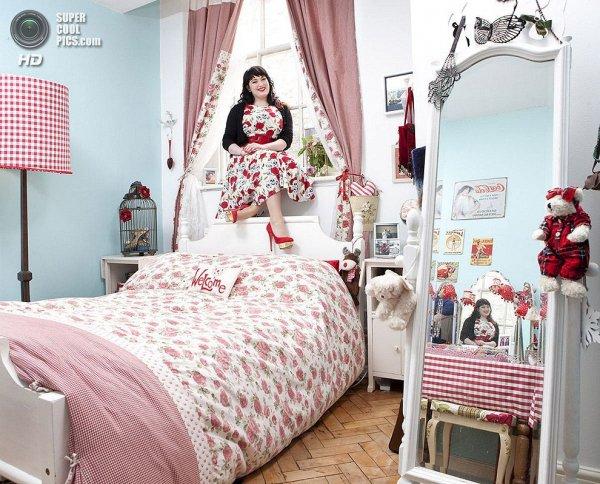Интересные фотографии женских спален из проекта «Зеркала и Окна» - №1