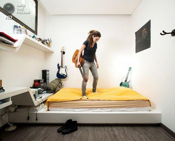 Интересные фотографии женских спален из проекта «Зеркала и Окна» - №14