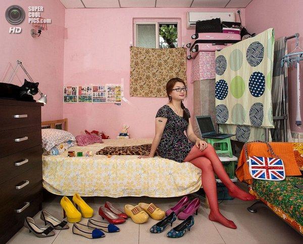Интересные фотографии женских спален из проекта «Зеркала и Окна» - №25