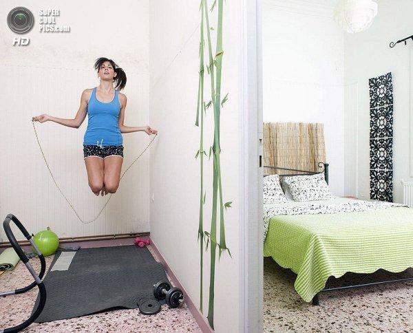 Интересные фотографии женских спален из проекта «Зеркала и Окна» - №29