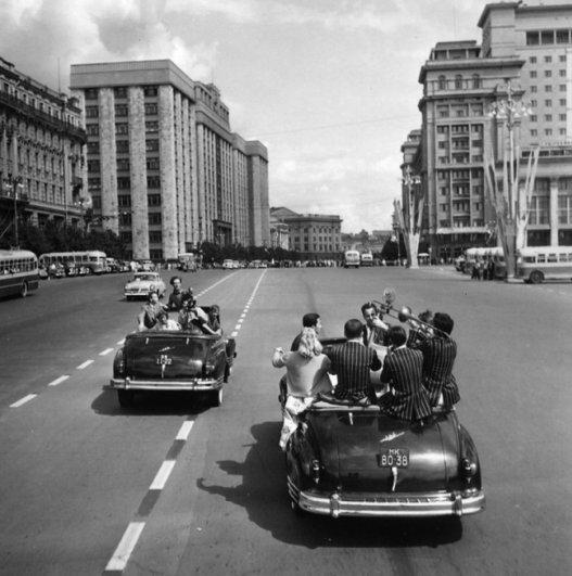 Шедевры советской фотографии от мастеров - №12