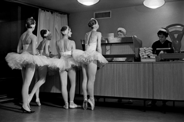 Шедевры советской фотографии от мастеров - №13