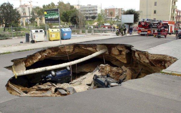 Загадка провалов в земле - смотрите интересные фото - №2