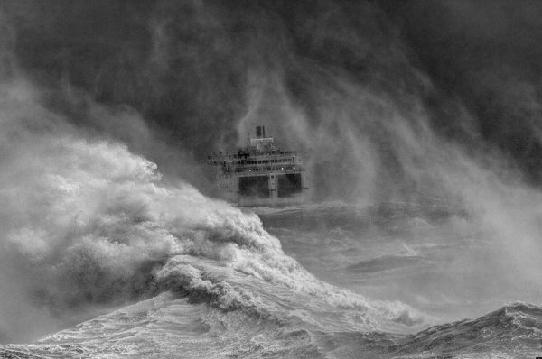 David Lyon - Ferry leaving Newhaven harbour in storm