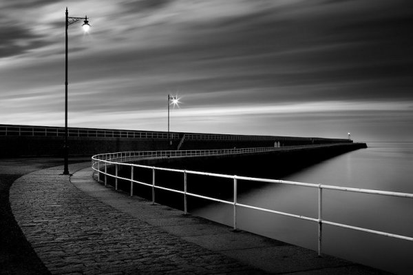 Andy Le Gresley - Early Morning at St Catherine's Breakwater