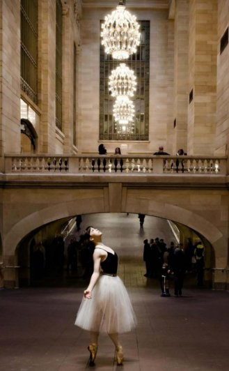 Будни танцоров балета в забавных и интересных фото - №8