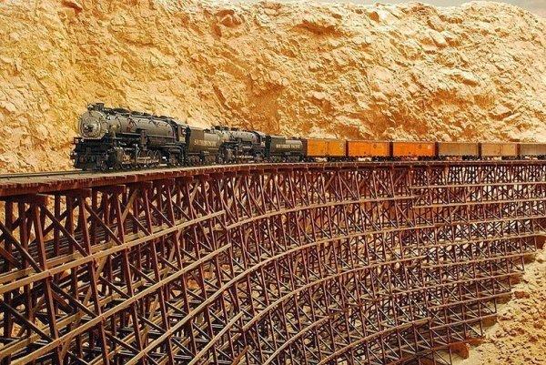 Интересные фото заброшенной старинной железной дороги - №6