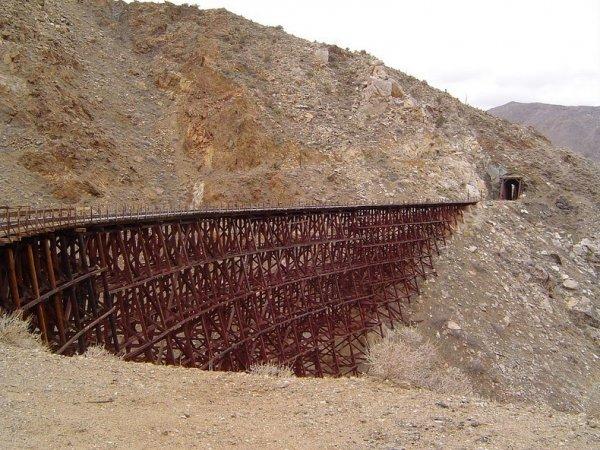 Интересные фото заброшенной старинной железной дороги - №7